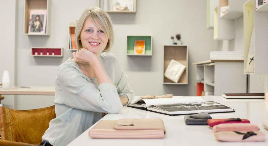 Businessportrait von Ilka Brandt der Designerin der Firma Lapàporter